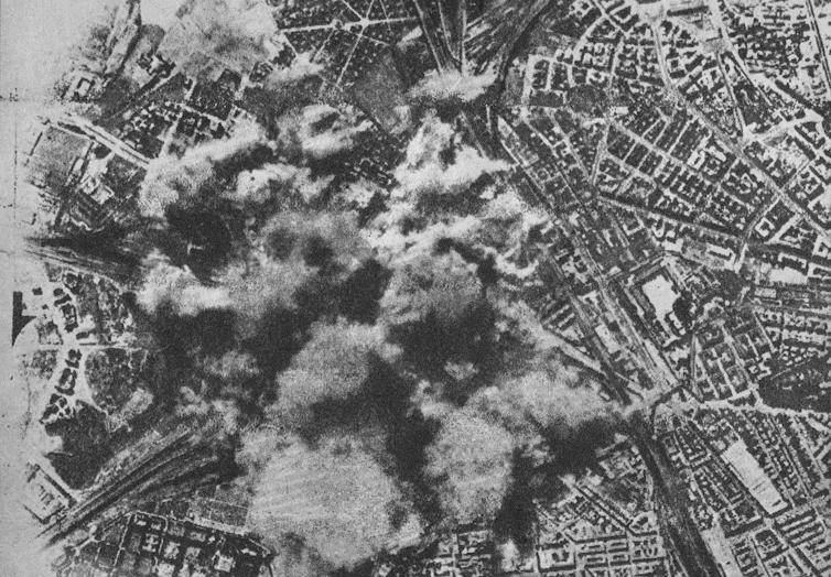 Bombardamento su Roma anno 1943