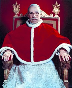 Pio XII il vero governatore dell'Italia durante gli anni cinquanta.