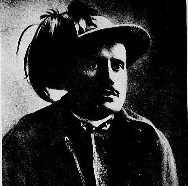 Benito Mussolini bersagliere