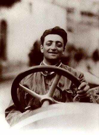 Il giovane Enzo Ferrari