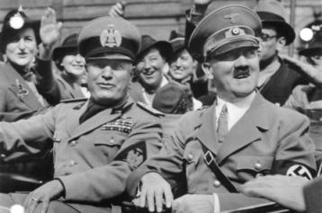 Mussolini ed Hitler a Monaco anno 1938