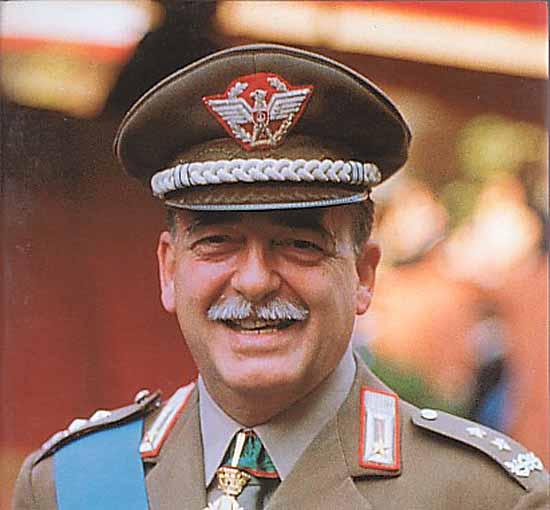 Il Gen. Carlo Alberto Dalla Chiesa